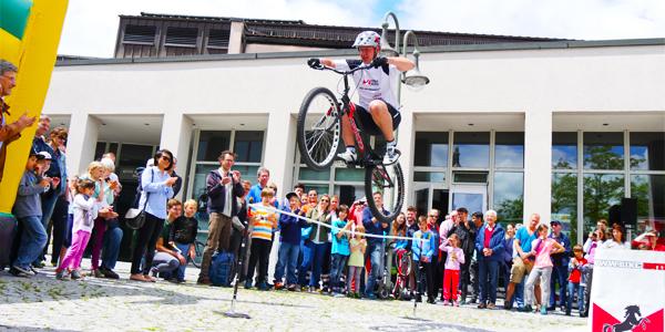 Rennrad Stunt Trialshow